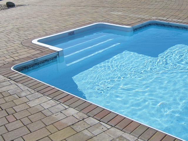 DGK əməkdaşının övladı hovuzda boğuldu