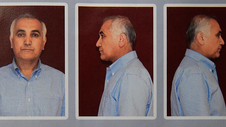 Турция требует от Германии выдачи одного из главарей FETÖ