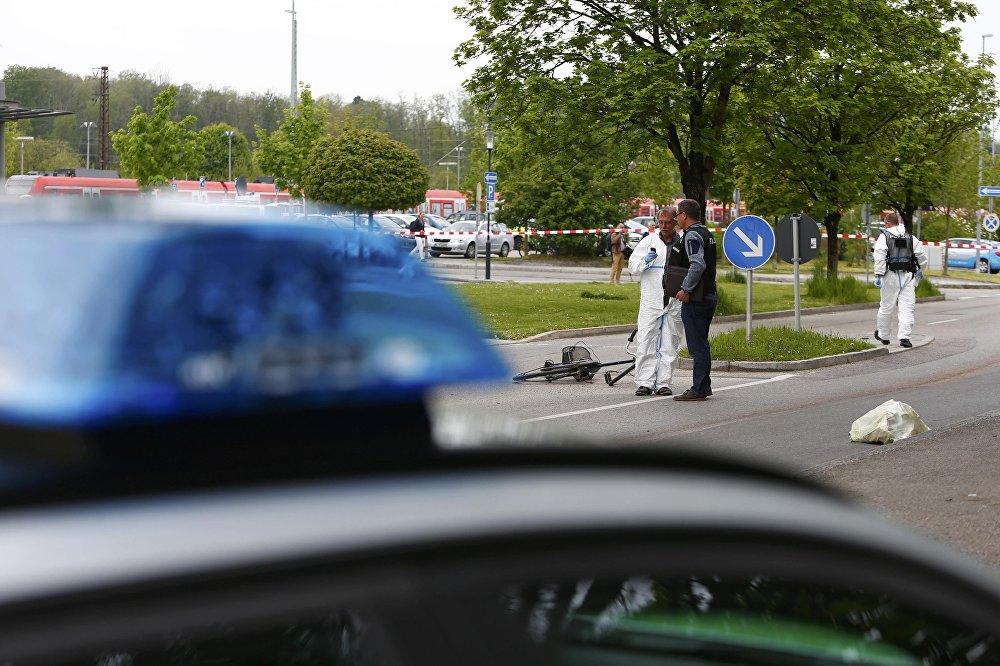 В Германии неизвестный напал с ножом на людей