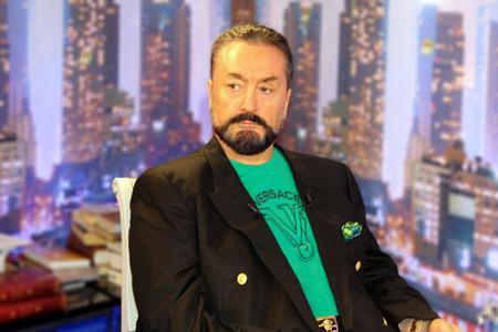 Adnan Oktardan şok: Ermənilərlə qardaş olacağıq - Video