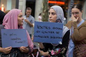 Barselona əhalisi ayağa qalxdı