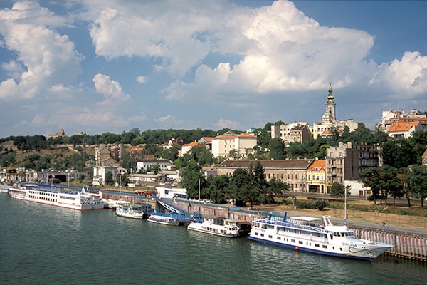 بالکان بحرانی: صربییا دانیشیقلاری دایاندیردی