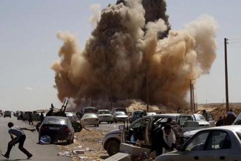 При взрыве в Афганистане погибли 10 человек