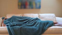 Ученые рассказали, как правильно спать