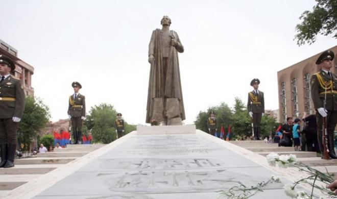 Армяне просили увековечить Нжде в России. Было и такое…