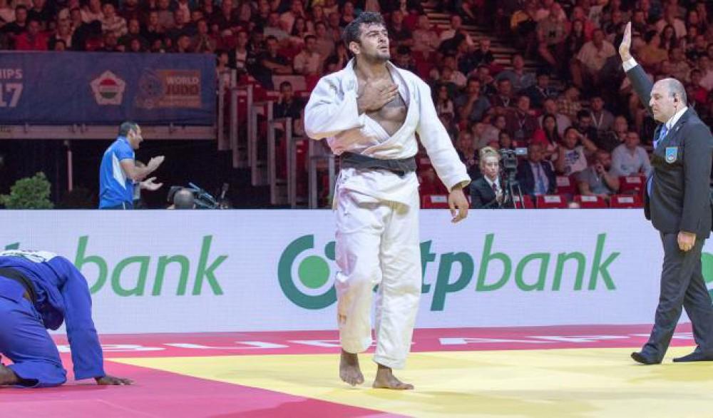 Elmar Qasımov Avropa çempionu oldu