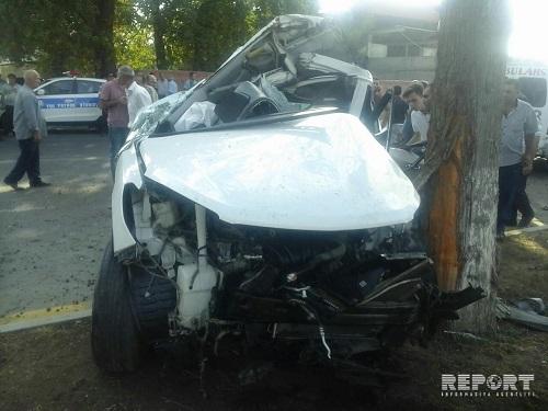Şəmkirdə ağır qəza: 2 nəfər yaralandı
