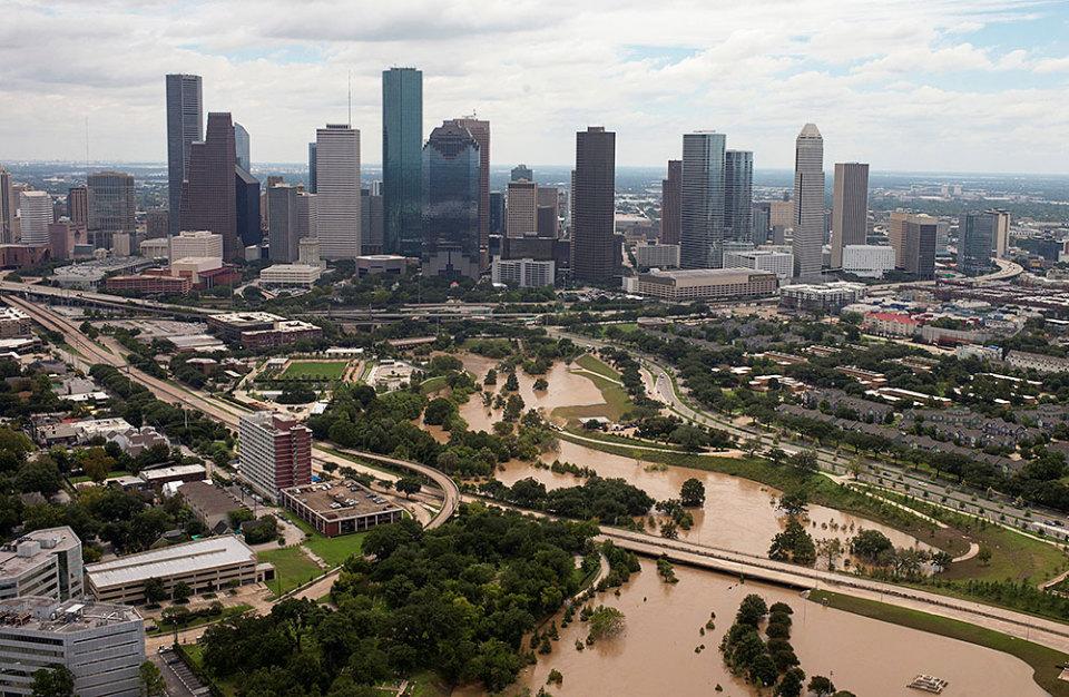 Фото город хьюстон затоплен