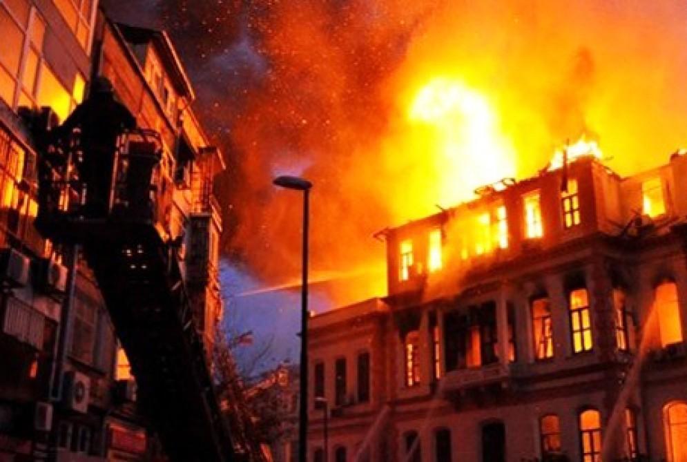 Şəmkirdə dəhşət: Ata evi yandırdı, 2 yaşlı uşağı öldü