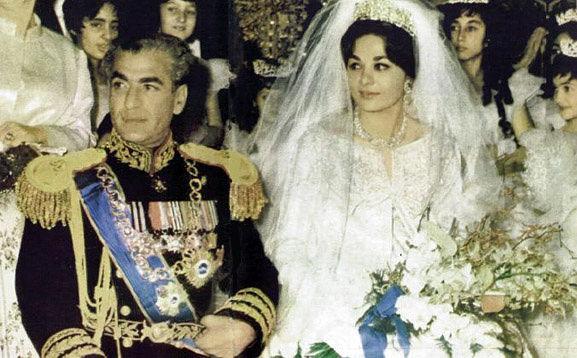 شاهی گؤزللیگی ایله دیز چؤکدورن آذربایجانلی قادین - فوتو/ویدئو