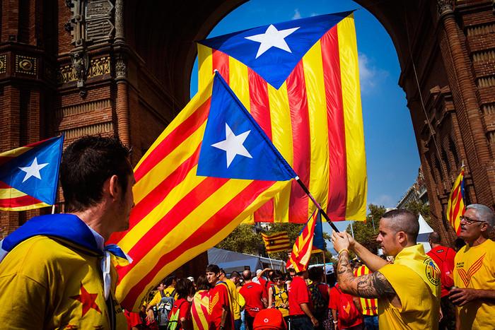 Мадрид уволил правительство Каталонии