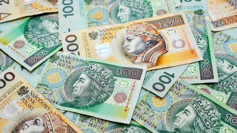 Зарплаты в Польше растут в три раза быстрее цен