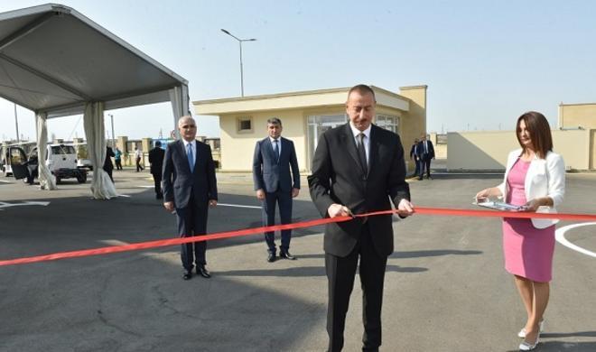 İlham Əliyev yeni Sənaye Parkının açılışında - Foto