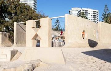 Открылся первый в мире отель из песка