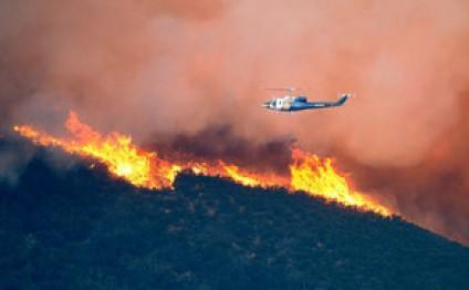 Баку направил в Грузию вертолет для тушения пожаров