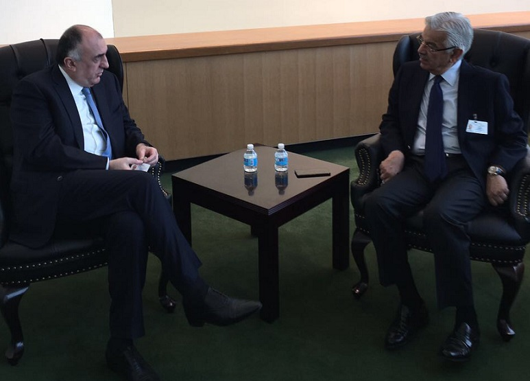Mammadyarov met with Khawaja Asif