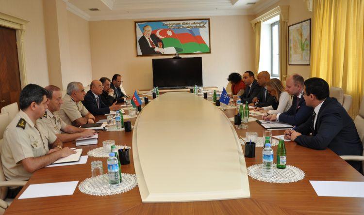 Kamaladdin Heydarov met with NATO representative