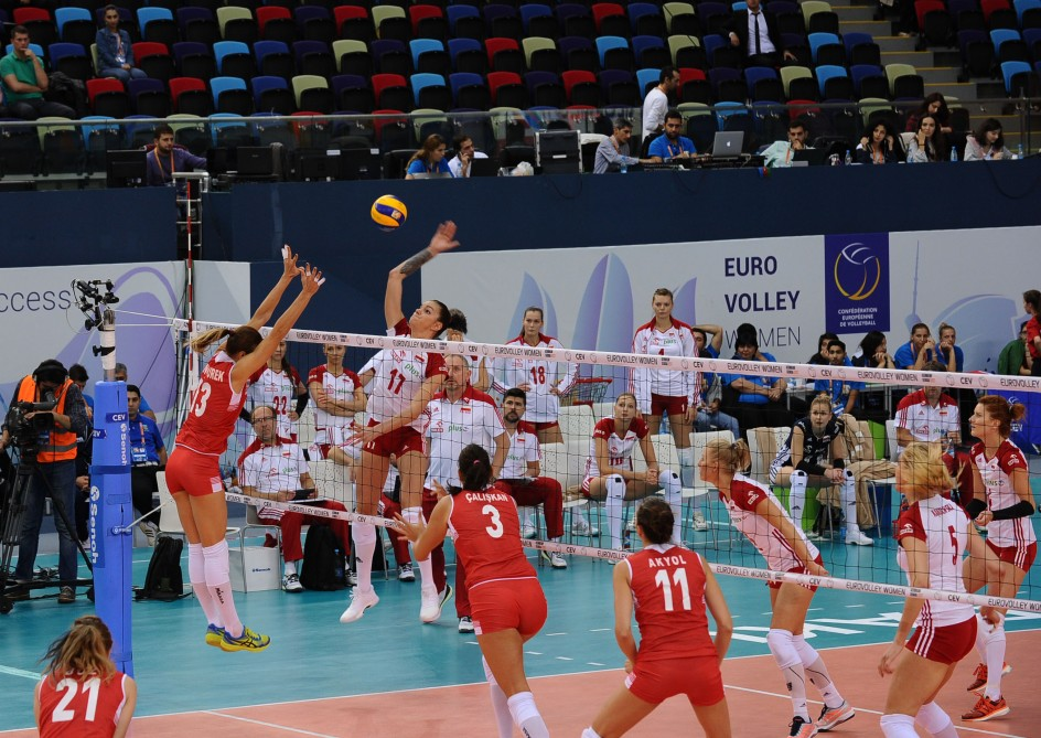 Turkish club wins gold in world women's FIVB