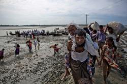 US lawmakers in Dhaka call Rohingya violence war crimes