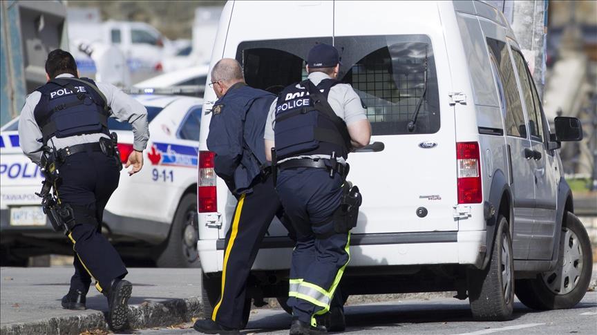 Torontoda mikroavtobus kütləyə çırpıldı: ölənlər var - Video