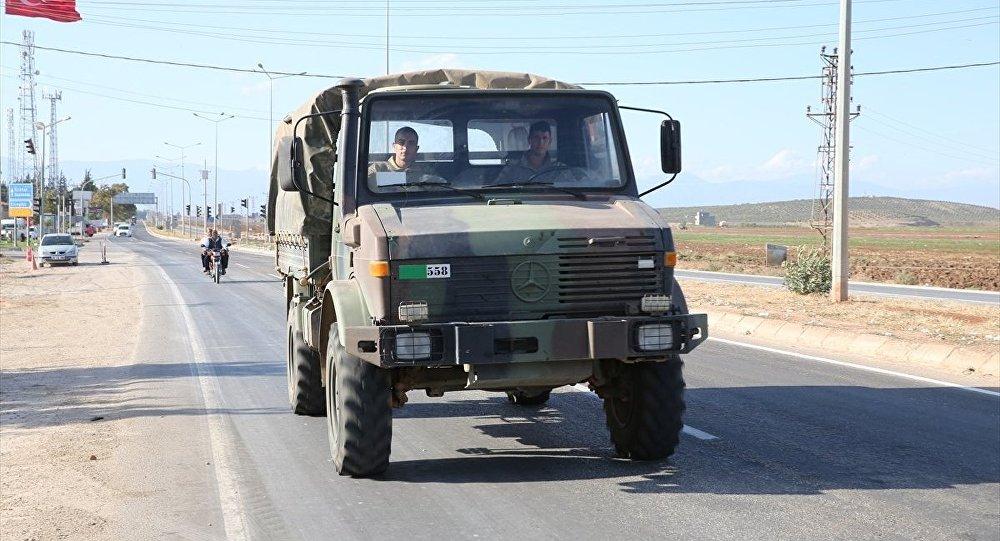 Sərhəddə hərbi maşın aşdı, 11 əsgər yaralandı