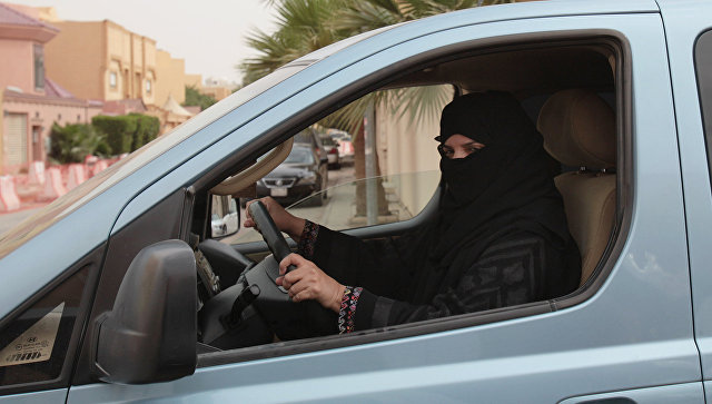 Женщина стала телеведущей на госканале в Саудии