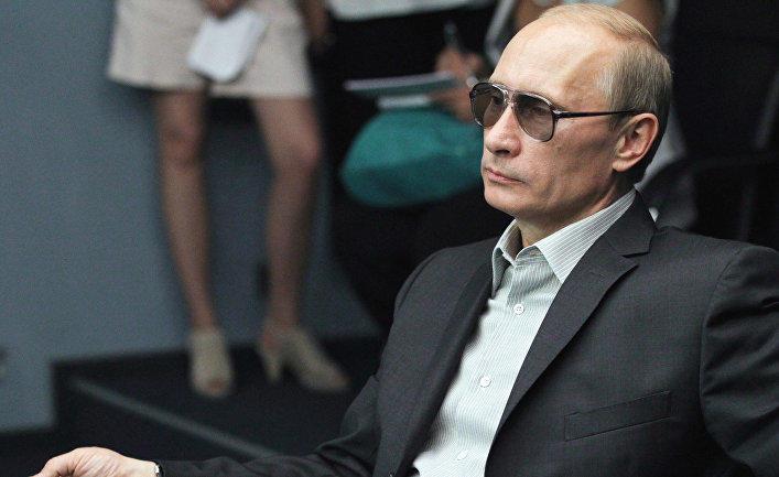 Путин даст фору многим - Песков