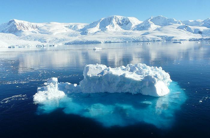 Satellites record history of Antarctic melting