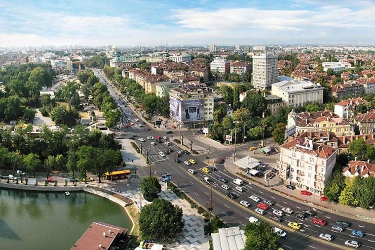 В Болгарии ужесточат ограничения по COVID-19