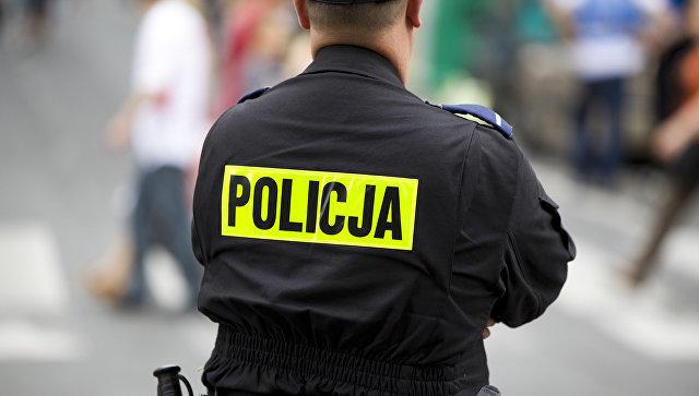 В Польше мужчина порезал посетителей ТЦ