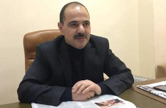 Vaqif Mustafayev ərizəmi cırdı...
