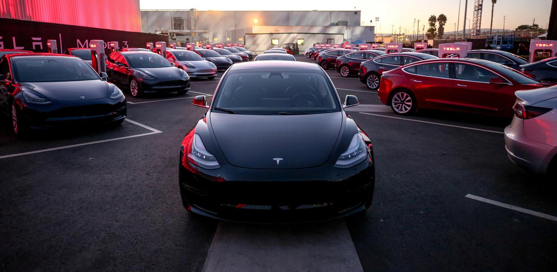 Tesla построит в Китае завод