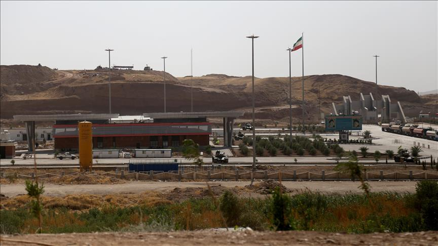 Iraq closes border crossings with protest-hit Iran