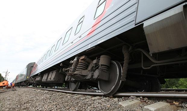 Поезд с оружием сошел с рельсов в США