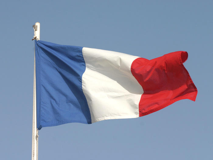 Во Франции автомобиль въехал в толпу