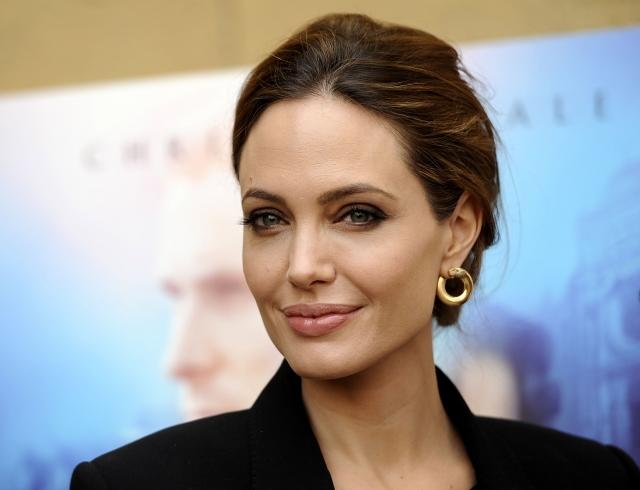 Анджелина Джоли поделилась секретами красоты