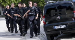German police free hostage at train station