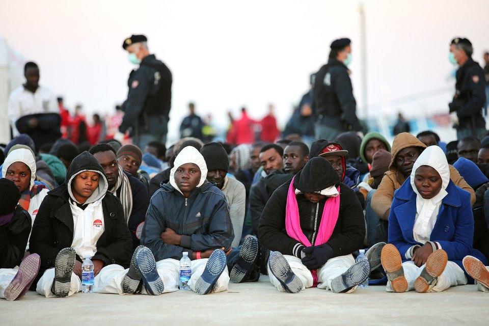 В ЕС признали, что не в силах остановить миграцию