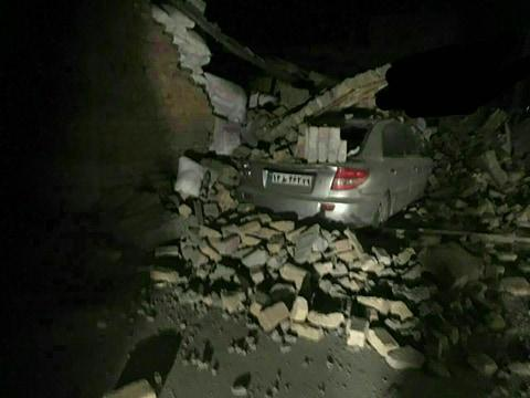 Снова землетрясение в Иране, 55 раненых - Обновлено