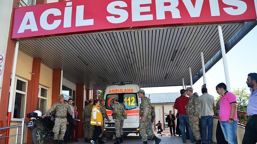 Türkiyədə polislərə silahlı hücum: ölən var