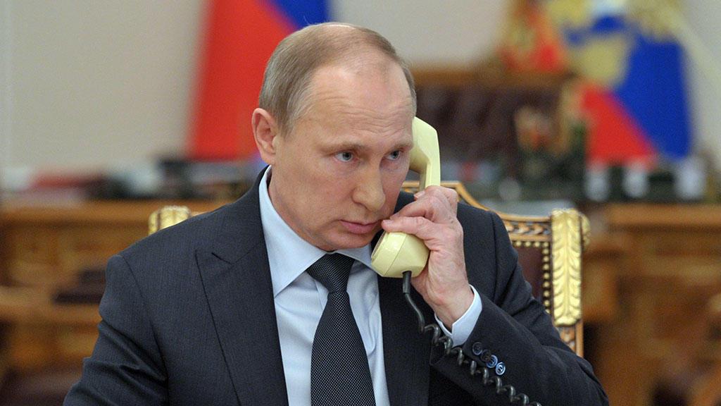 Путин позвонит сегодня Трампу
