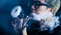 Электронные сигареты вызывают деформацию лица