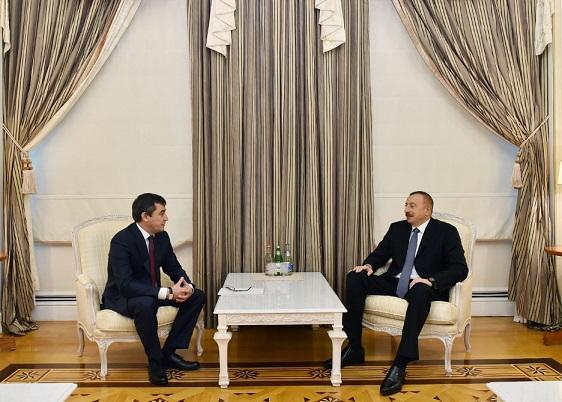 Ильхам Алиев принял вице-премьера Узбекистана
