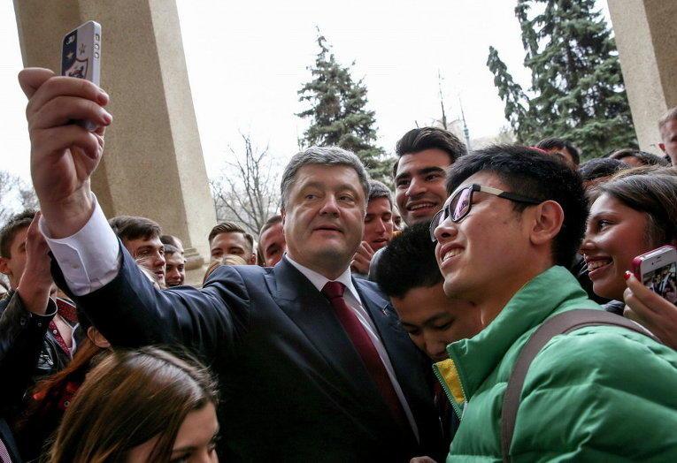 "Порошенко фанат ""Карабаха""? - Фото"