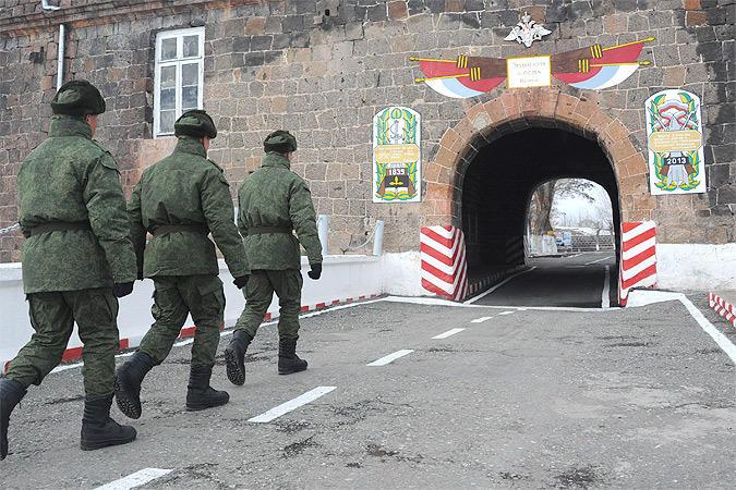 Вывод 102-й базы из Армении: аргументы Шурыгина
