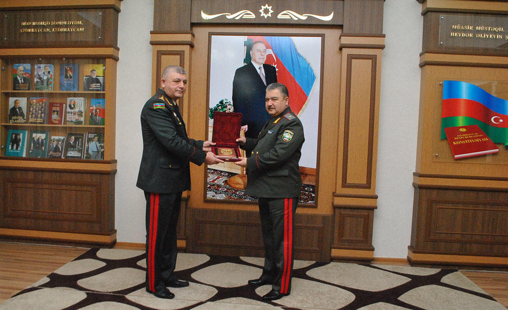 General Azizov Hərbi Akademiyada - Foto
