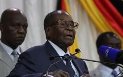 Zimbabwe's Mugabe agrees to leave Presidential post