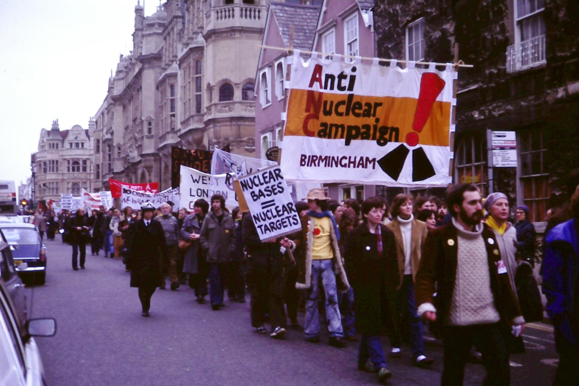 Berlində 500-dən çox aksiyaçı saxlanıldı