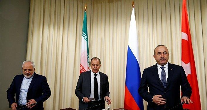 تورکییه، ایران و روسییا ناظیرلری گؤروشدو