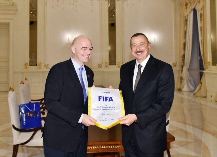Əliyev FİFA prezidenti ilə görüşdü - Foto